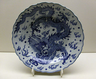 Chinese ceramics - A Ming Dynasty blue-and-white porcelain dish with a dragon