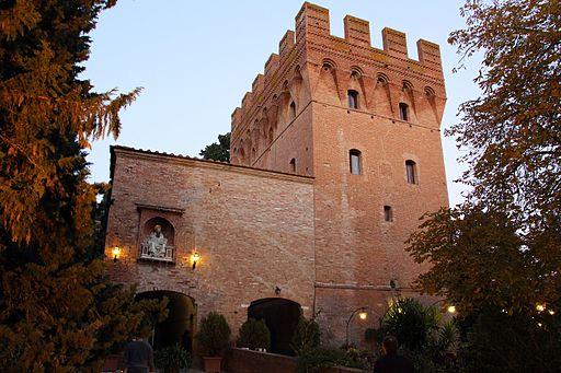 Monte oliveto maggiore, barbacane (1323-1526 restaurato nell'ottocento) 03