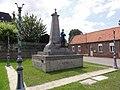 Montrécourt (Nord, Fr) monument aux morts.JPG