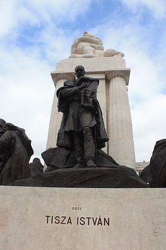 István Tisza - Monument to Tisza Istvan outside the Budapest Parliament building