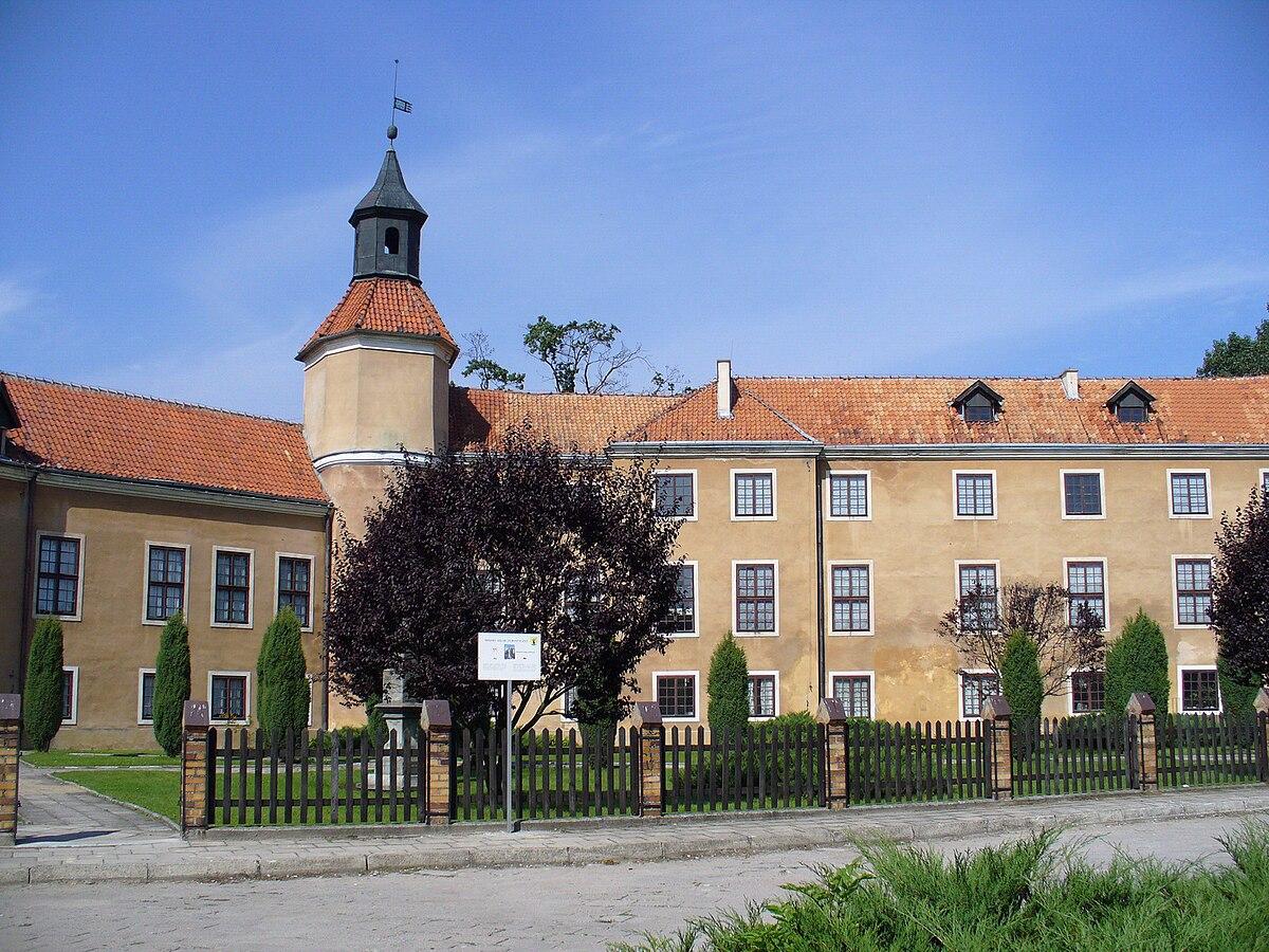 Morąg - pałac Dohnów.jpg