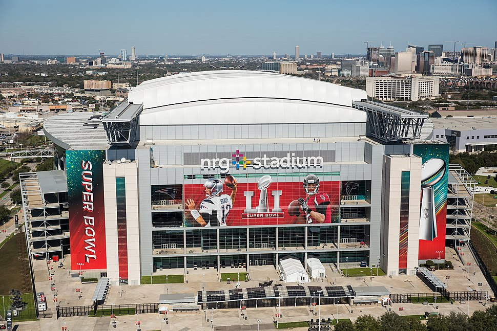 NRG stadium prepared for Super Bowl Li (32513086661)