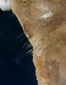 Namibia.A2002221.0920.1km.jpg