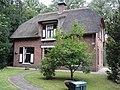 Nijmegen Rijksmonument 522929 tuinmanshuis landgoed Brakkesteijn.JPG