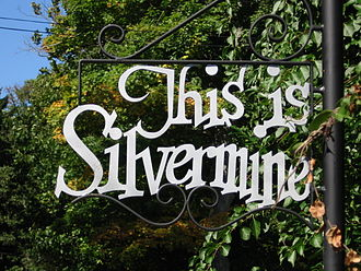 Silvermine, Connecticut - Sign on Perry Avenue in Norwalk