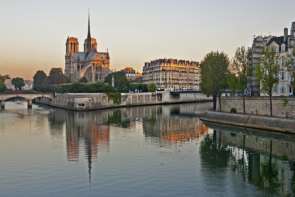 Notre Dame, early morning
