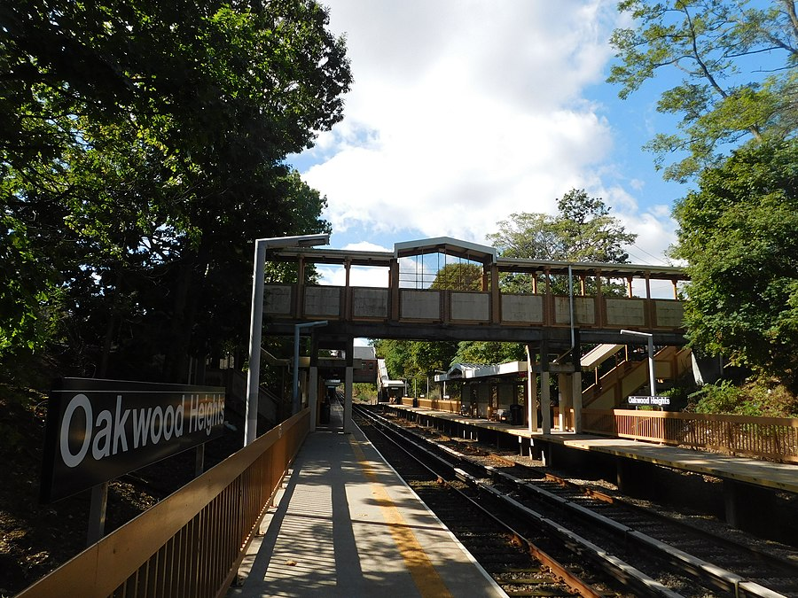 Oakwood Heights station
