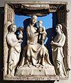 Oratorio superiore di s. bernardino, vestibolo, giovanni d'agostino, madonna col bambino e angeli, 1330-1340 circa.JPG