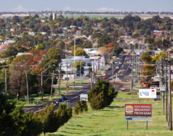 Overlooking Dubbo from the suburb of West Dubbo.png