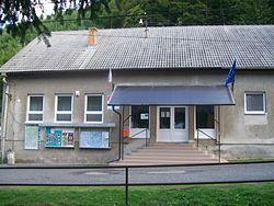 Píla - Obecný úrad.jpg