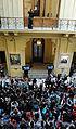 Público en la Galería de los Patriotas Latinoamericanos.jpg