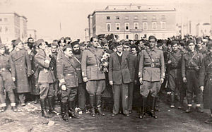 Partisans in Tirana.jpg