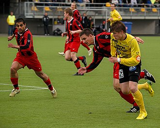 Kuopion Palloseura - Petteri Pennanen trying to get into penalty area of PK-35 on May 27, 2007.