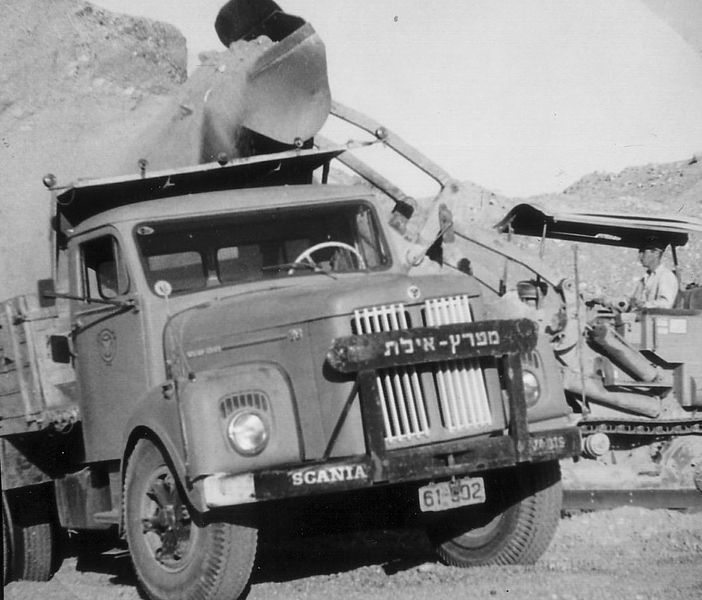 המשאית של הקיבוץ המאוחד