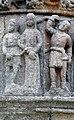 Pleubian Calvaire Christus vor Pilatus detail.jpg