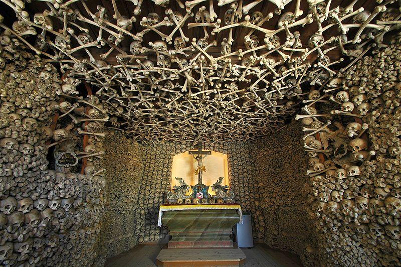 Poland - Czermna - Chapel of Skulls - interior