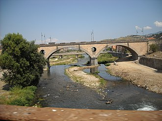 Crati - The Crati at its confluence with the Busento river near the center of Cosenza