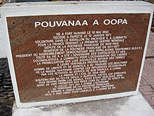 Pouvanaa a Oopa Monument plaque.jpg