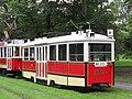Praha, Bubeneč, smyčka Výstaviště, tramvaje č. 2210+1530 (02).jpg