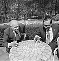 Premier Mintoff van Malta in ons land, premier Den Uyl en premier Mintoff aan ta, Bestanddeelnr 927-1520.jpg