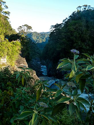 Andriamamovoka Falls - View of Andriamamovoka Falls