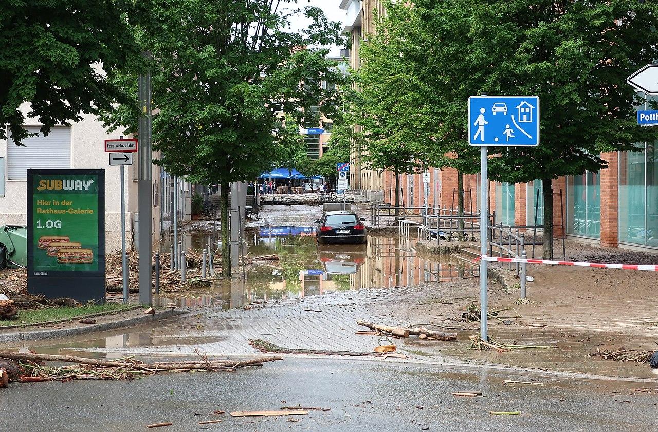 Rathausstraße Hochwasser (1).jpg