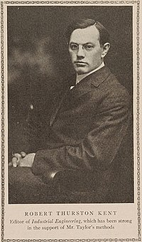 Robert Thurston Kent, 1911.jpg