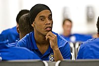Ronaldinho bored.jpg