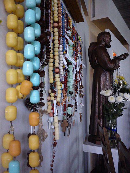 File:Rosary eggs surprises Poznan.jpg