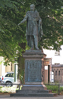 Blücher monument in front of the University of Rostock's main building, created by Johann Gottfried Schadow in collaboration with Johann Wolfgang von Goethe (Source: Wikimedia)