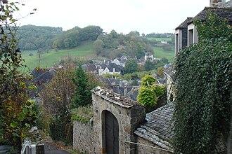 Turenne, Corrèze - Image: Rue en Turenne