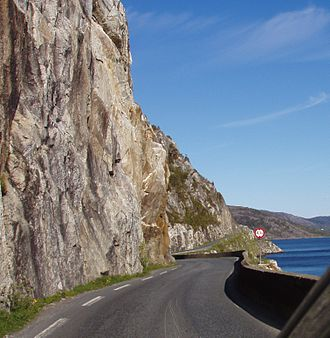 Vefsn - The road along Vefsnfjord