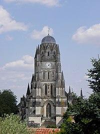 Saintes (17) Cathédrale Saint-Pierre 01.JPG