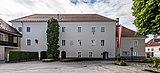 Sankt Veit an der Glan Kirchplatz 1 Pfarrhof N-Ansicht 18052018 3298.jpg