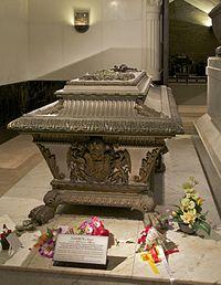 Sarcophagus Elisabeth Sisi Kapuzinergruft Vienna.jpg