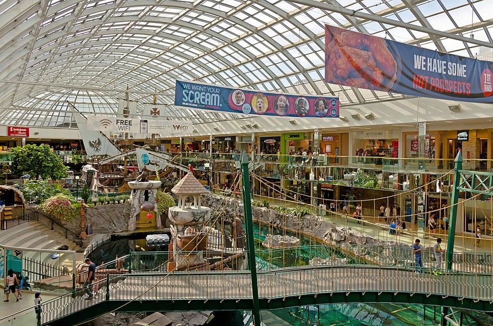 Sea Life Cavern wing at West Edmonton Mall