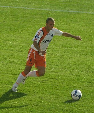 Jalal Hosseini - Hossieini playing for Saipa in a 2008 AFC Champions League match