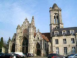 Glise saint pierre de senlis wikip dia for Exterieur chapelle sixtine