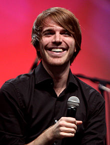 Shane Dawson - the cool, fun, charming,  actor, , comedian,   with English, Dutch, Welsh, Swedish,  roots in 2017