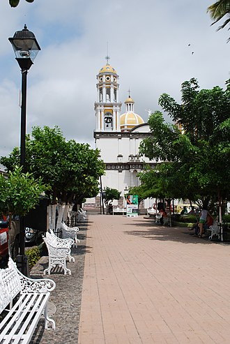 Colima - Plaza and church in Comala