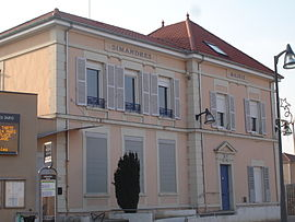 The town hall in Simandres