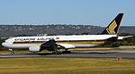 Singapore Airlines 777-212 9V-SRN (8117772216).jpg
