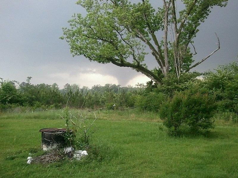 File:Smith Jasper Clarke Counties tornado 2011-04-27.jpg