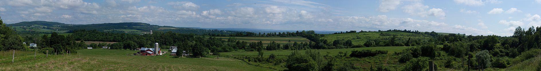 Southeast Herkimer County, New York panoramic.jpg
