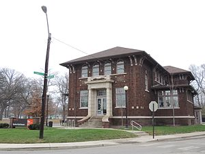 Indianapolis Public Library Branch No. 6 - Spades Park Branch, December 2015