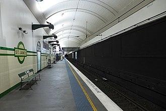 St James railway station, Sydney - Platform