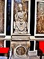 Statuette de Saint Nicolas. XV è siècle.jpg