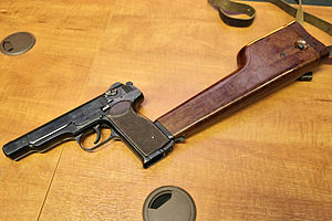 Stechkin automatic pistol - Wikipedia
