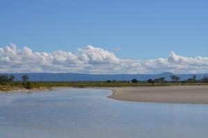 St Lawrence, Queensland - Image: Stlawrenceriverlowti de