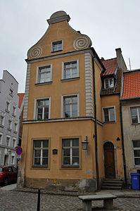 Stralsund, Fährstraße 26 (2012-03-11) 2, by Klugschnacker in Wikipedia.jpg